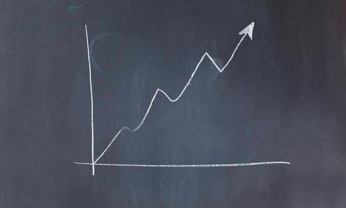 reducción de costes y mejora de la rentabilidad económica de negocios